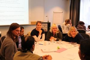 Dialogkonferansen_2012_-_rundt_bordet